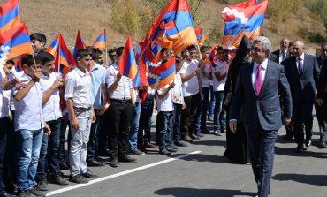 Նախագահ Սերժ Սարգսյանը ներկա է գտնվել Վարդենիս-Մարտակերտ ավտոճանապարհի բացման արարողությանը