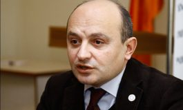 « Թե բա՝ Երևանում եռում է... Քոչարյանը տժժցնում է, ինչ եռալ». Ստյոպա Սաֆարյան