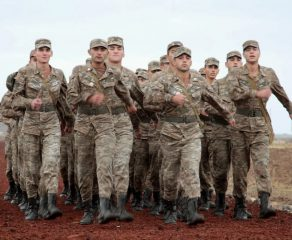 Զինծառայողներն իրավունք օգտվելու բջջային հեռախոսներից. ՊՆ-ն ներկայացրել է նոր կարգը