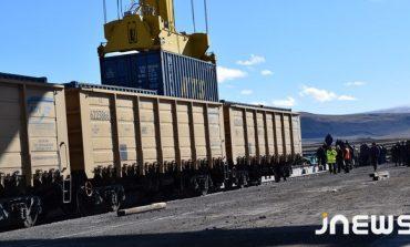 ՖՈՏՈ. Բաքու-Թբիլիսի-Կարս երկաթգծի Ախալքալաքի կայարանը ընդունեց իր առաջին բեռը