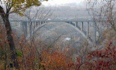 ՖՈՏՈ. Ինքնասպանություն Երևանում. տղամարդը Կիևյան կամրջից իրեն ցած է նետել