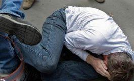 Վեճ, ծեծկռտուք եւ դանակահարություն Երեւանում. վիրավոր երիտասարդներին հասցրել են հիվանդանոց