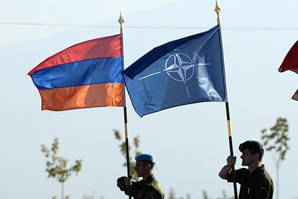 «NATO-ն արդեն մոտենում է Հայաստանին». Տիգրան Խզմալյան
