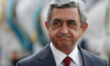Սերժ Սարգսյանը կամ վախենում է, կամ պայմանավորվել է