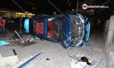 Խոշոր վթար Երեւանում. Վթարված մեքենաներից մեկը հայտնի գործարարի որդունն է