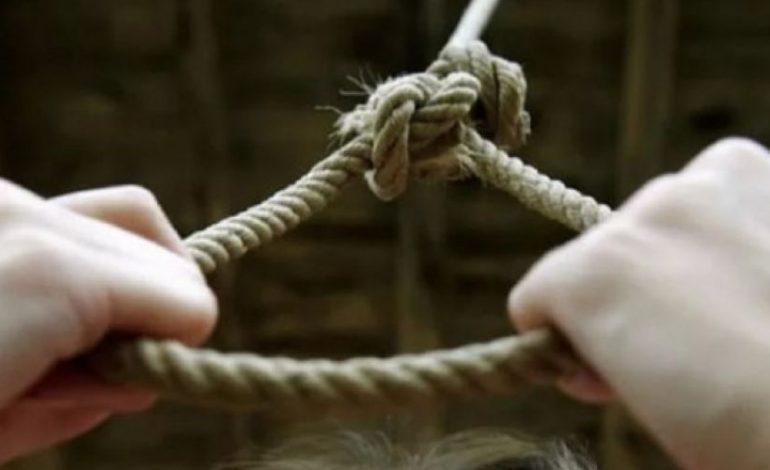 Կոտայքի մարզում կինը կախվել է ծառից. ամուսինը տեսել է ու կտրել թելը