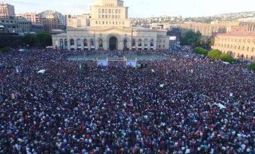ՏԵՍԱՆՅՈՒԹԵՐ. Թավշյա հեղափոխության թրեյլերը համացանցում է