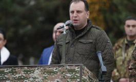 Կառավարությունը բարձունք է հանձնում. Պաշտպանության նախկին նախարար Վիգեն Սարգսյանը ահազանգում է