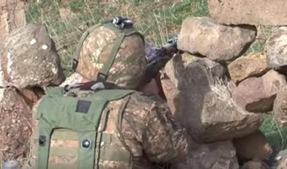 Վիրավորված զինծառայողը տեղափոխվում է Երևան