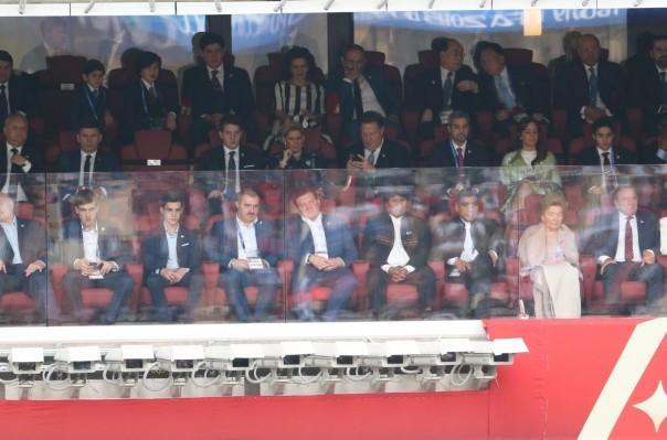 ՖՈՏՈ. ՀՀ վարչապետը ներկա է գտնվել ֆուտբոլի Աշխարհի առաջնության բացման հանդիսավոր արարողությանը