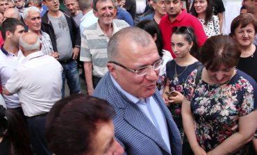 ՏԵՍԱՆՅՈՒԹ. Մերուժան Սիմոնյանին Կապանում դիմավորեցին մեծ ոգևորությամբ. նա նոր հայտարարությամբ է հանդես եկել