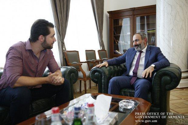 «Երբեք այսքան հպարտ չեմ եղել, որ հայ եմ» Վարչապետն ընդունեց ամերիկահայ հայտնի գործարարին