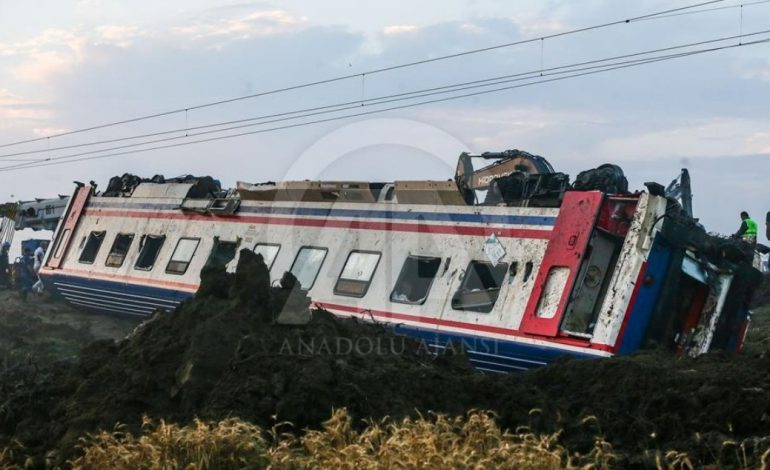 Թուրքիայում գնացք է վթարվել. կան մեծ թվով զոհեր