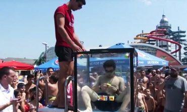 Վրացի երիտասարդը ջրի տակ «Ռուբիկ-կուբիկ»-ի հավաքման ռեկորդ է սահմանել (տեսանյութ)