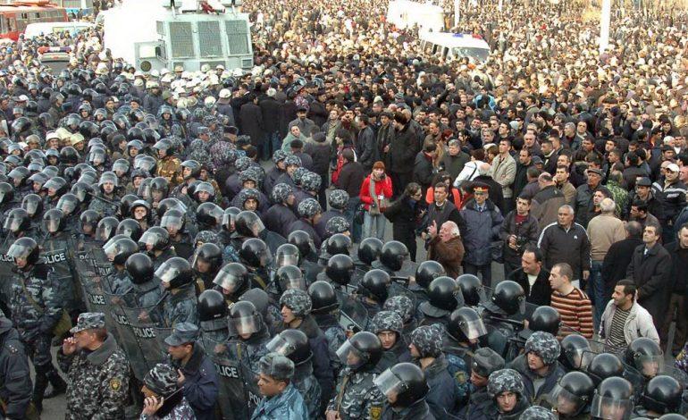 «Ժողովուրդ». Մարտի 1-ի հետ առնչություն ունեցած պաշտոնյաները հայտնվել են «սև ցուցակում»