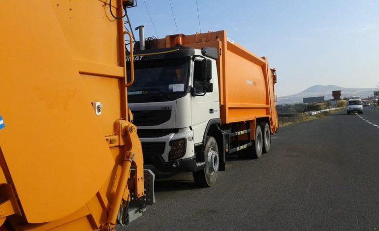 Նոր աղբահան մեքենաներն արդեն Երևանում են