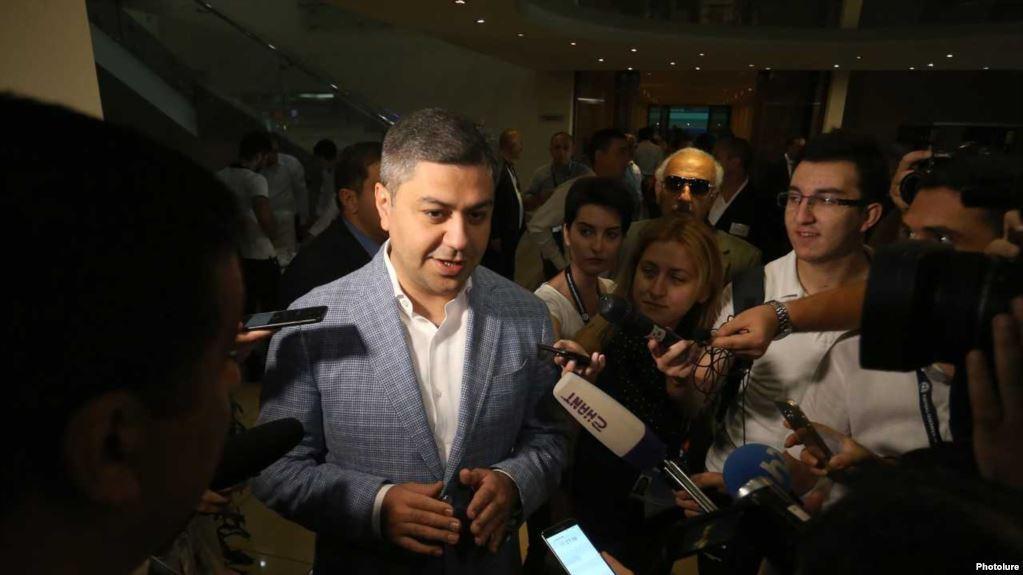 Հայաստանի ֆուտբոլի ֆեդերացիայի նախագահ ընտրվեց ԱԱԾ տնօրեն Արթուր Վանեցյանը