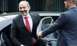 Պարոն վարչապետ, գուցե կառավարական դաչայից դուք դա չեք տեսնում, բայց մեր սրտից արյուն է կաթում