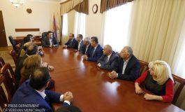 Ապօրինի շինարարության գաղափարը պետք է ընդհանրապես վերացնենք. քաղաքապետը ներկայացրել է Աջափնյակ վարչական շրջանի նոր ղեկավարին