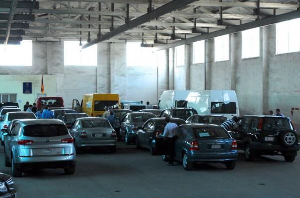 ՊԵԿ-ը՝ ավտոմեքենաների մաքսազերծման գործառույթը Գյումրի տեղեփոխելու մասին