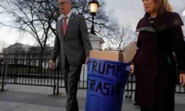 «Պարոն Թրա՛մփ, ահա ձեր աղբը». Ինչպես են ԱՄՆ-ում պայքարում աղբահանության դեմ