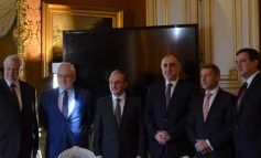 Փարիզում մեկնարկել է Զոհրաբ Մնացականյան-Էլմար Մամեդյարով հանդիպումը