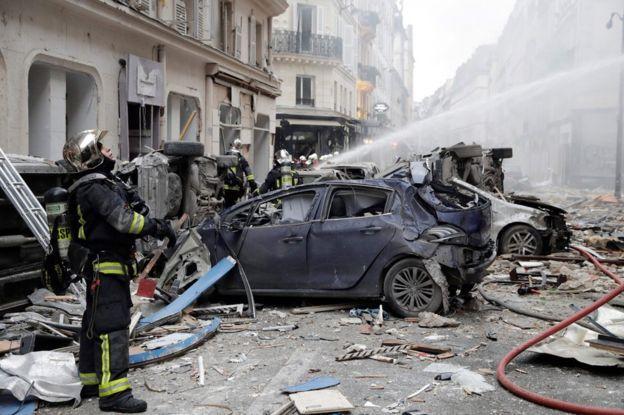 ՖՈՏՈ. ՏԵՍԱՆՅՈՒԹ. Փարիզում պայթյունի հետևանքով կան զոհեր և մի քանի տասնյակ վիրավորներ