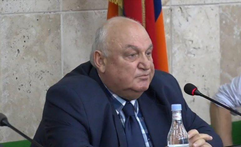ԵՊՀ ռեկտոր Արամ Սիմոնյանը հրաժարական է տվել