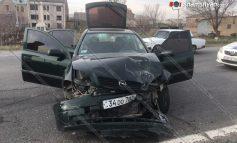 Խոշոր վթար Արմավիրում. բախվել են Opel-ները. Կան վիրավորները (ֆոտո)