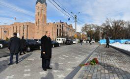 Նախագահ Արմեն Սարգսյանը հարգանքի տուրք է մատուցել 2008թ. մարտի 1-ի զոհերի հիշատակին (ֆոտո)