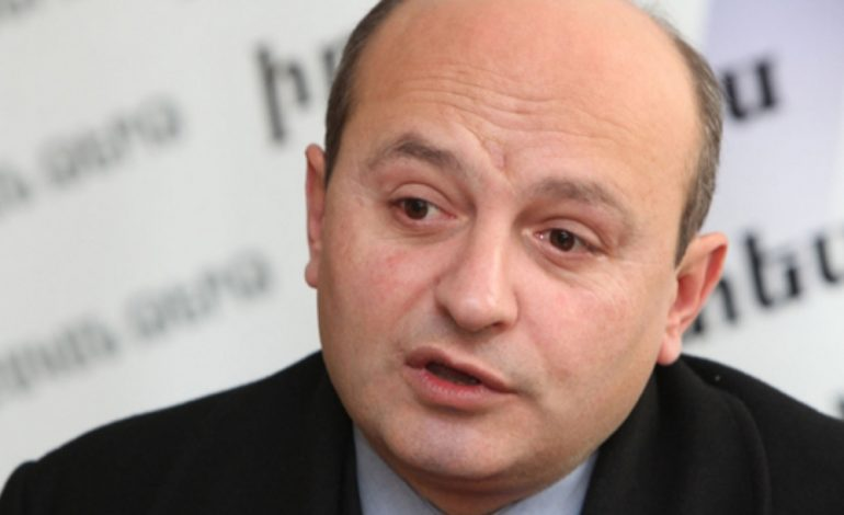 «Սա հանցագործությունը պարտակողների խմբակ է». Ստյոպա Սաֆարյան