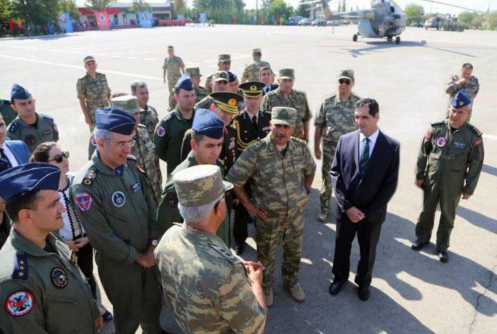 Ադրբեջանական բանակի ղեկավարությունը իրեն ճղում է, թե հայերը կրակում են Ղազախ և Թովուզ գյուղերի վրա