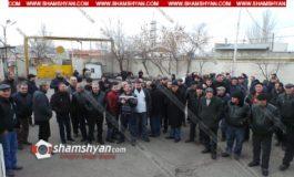 Երևանը սպասարկող 20-ից ավելի երթուղիների վարորդներ` ի նշան բողոքի, հրաժարվում են դուրս գալ երթուղի
