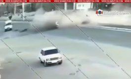 Տեսախցիկն արձանագրել է Երևան-Աշտարակ ճանապարհին 2 մարդու մահվան պատճառ դարձած ողբերգական ավտովթարի պահը. (ֆոտո, տեսանյութ)