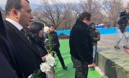 ՏԵՍԱՆՅՈՒԹ. Գագիկ Ծառուկյանի գլխավորությամբ ԲՀԿ-ն հարգանքի տուրք մատուցեց Մարտի 1-ի զոհերի հիշատակին