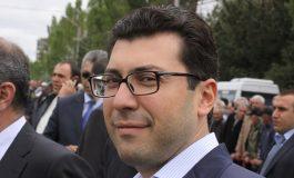 Հայաստանը մեկ մարդու թատրոն. Սերժ Սաարգսյանի փեսան գրառում է կատարել