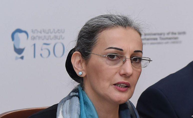 Հայաստանի թատերական գործիչների միությունը պահանջում է Նազենի Ղարիբյանի հրաժարականը