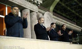Վարչապետը մարզադաշտից հետևել է Հայաստան-Ֆինլանդիա հանդիպմանը