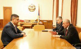 Բակո Սահակյանն ընդունել է Արթուր Վանեցյանին, քննարկվել են անվտանգության ոլորտում համագործակցությանը վերաբերող հարցեր