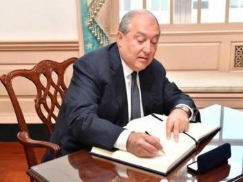 Վանեցյանի մայրը նշանակվել է Հայաստանի նախագահի օգնական