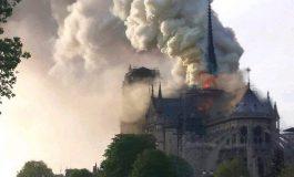 Ֆրանսիայի նախագահը խոստացավ` կվերակառուցի տաճարը, կհայտարարվի համազգային դրամահավաք