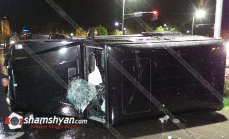 Երևանում բախվել են Mercedes G 55-ն ու Nissan-ը. տուժածները երեխաներ են