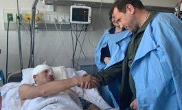 Դավիթ Տոնոյանն այցելել է հակառակորդի կրակոցից վիրավորված զինծառայողներին