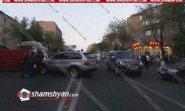 Արտակարգ իրավիճակ Երևանում. Ռուբինյանց փողոցում բազմաբնակարանային շենքերի բնակիչները փակել են ճանապարհը