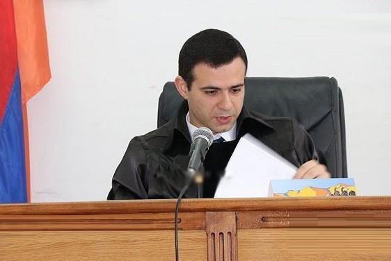 «Ժողովուրդ». Ինչ է սպասվում չիշիկ խմելու կոչ արած Սերգո Երիցյանի դատավոր որդուն