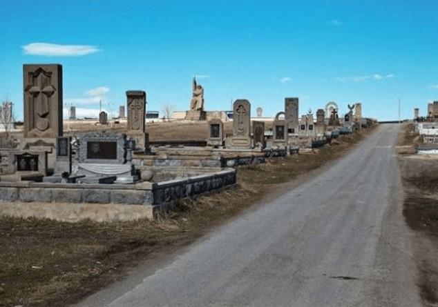 ՖՈՏՈ. Վիճել են գողական կյանքով ապրելու շուրջ, որի ժամանակ սպանվել է 20-ամյա երիտասարդը, ապա նրան տարել են գերեզմանատան տարածք ու այրել