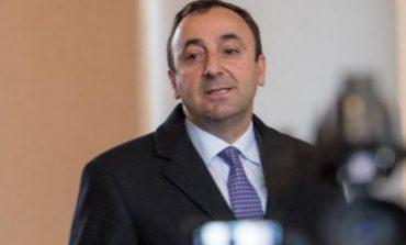 Պե՞տք է հրաժարվի ՍԴ նախագահի պաշտոնից Հրայր Թովմասյանը