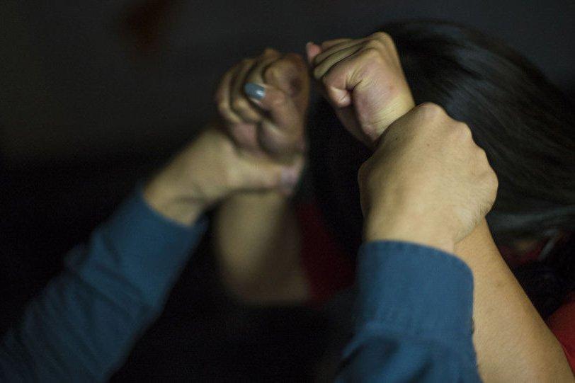 Արմավիրում մի կին փորձել է բենզին լցնել ամուսնու սիրուհու վրա, բայց ինքն է տուժել