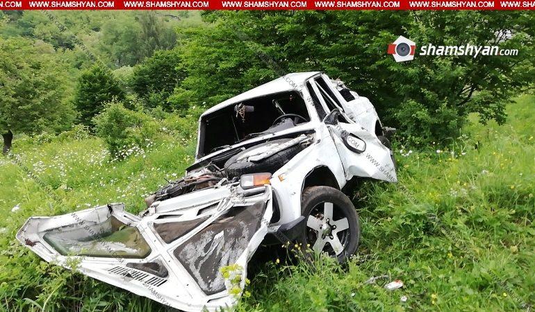 ՖՈՏՈ. Ողբերգական ավտովթար Լոռու մարզում. հայրը հայտնաբերել է վթարված Նիվան, իսկ դրսում՝ 34-ամյա որդու դին