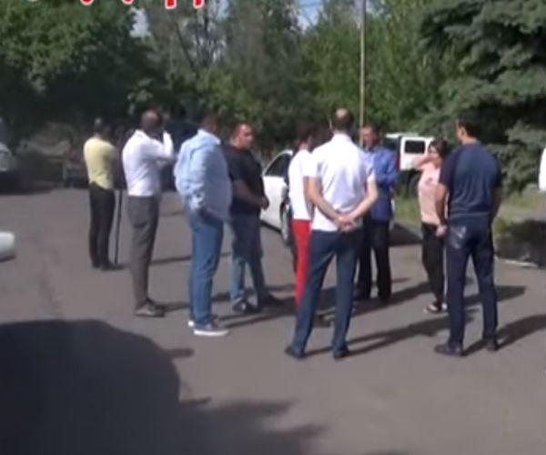 ՏԵՍԱՆՅՈՒԹ․ Վահագն Գևորգյանի մի քանի համակիրներին բերման են ենթարկել․ ԲՀԿ պատգամավորները ոստիկանությունում են